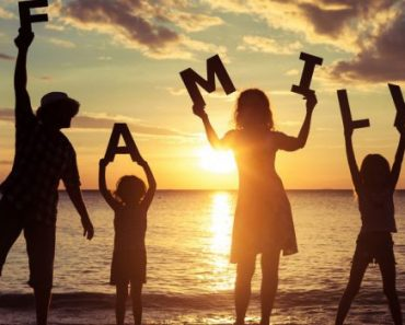 Family Status in Hindi Family Status in Hindi For Sister Family Status in Hindi For Mom Family Status in Hindi For Dad 2 Line Family Status in Hindi Family Status in Hindi For Brother one Line Family Status in Hindi Family Status in Hindi For Whatsapp Family Status in Hindi For Facebook 175+ Family Status in Hindi For Happy & Sweet Family We Have Provided Best Collection of Family Status in Hindi For Mom, Dad, Sister, Brother, one LIne,2 Line, You Can Share it on Whatsapp & Facebook Etc.